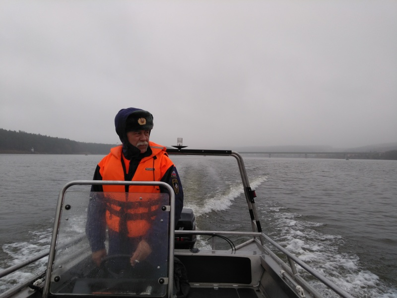 О важности соблюдения правил безопасности на воде напомнили инспекторы ГИМС